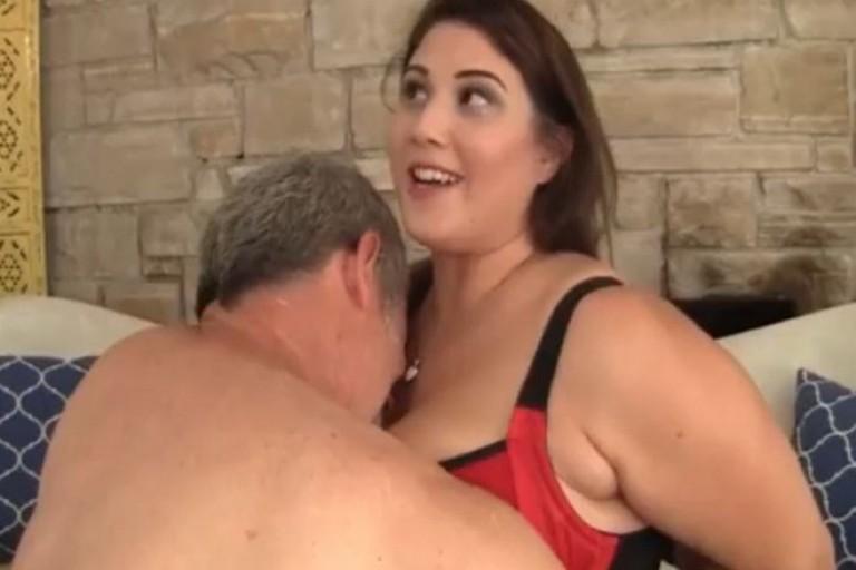 سیکس ویڈیوز آنٹی کا شوق چدنا
