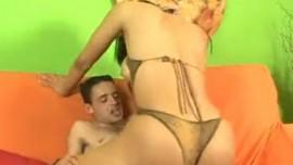 ہاٹ سیکس ویڈیوز میں شی میل گانڈ چدائی